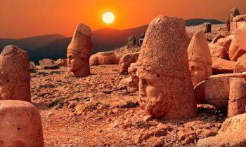 Nemrut Dağı Güneşin En Güzel Doğup Battığı Yer